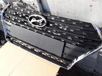 Решетка радиатора Hyundai Accent 2. Без хрома за 88 888 тг. в Караганда