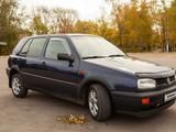 Volkswagen Golf 1993 года за 1 400 000 тг. в Петропавловск – фото 2