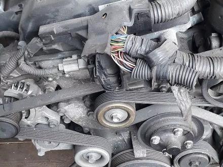 Двигатель 2tr 2.7 Toyota Hilux (Хайлюкс) за 980 000 тг. в Алматы – фото 2