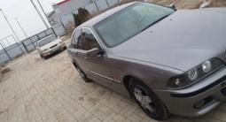 BMW 523 1997 года за 2 800 000 тг. в Атырау – фото 4
