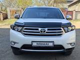 Toyota Highlander 2011 года за 12 200 000 тг. в Семей