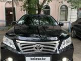 Toyota Camry 2014 года за 8 000 000 тг. в Семей