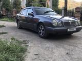 Mercedes-Benz E 230 1996 года за 2 700 000 тг. в Усть-Каменогорск