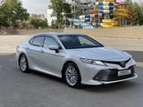 Toyota Camry 2018 года за 12 800 000 тг. в Шымкент