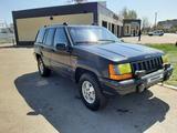Jeep Grand Cherokee 1993 года за 2 222 222 тг. в Кокшетау