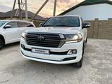 Toyota Land Cruiser 2018 года за 32 000 000 тг. в Атырау – фото 3