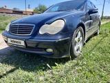Mercedes-Benz C 180 2002 года за 3 000 000 тг. в Шымкент