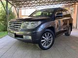 Toyota Land Cruiser 2011 года за 18 500 000 тг. в Алматы