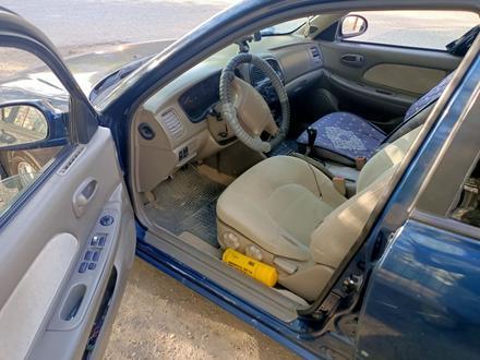 Hyundai Sonata 2001 года за 1 000 000 тг. в Атырау – фото 8