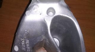 Кронштейн двигателя левый vag a4 [b8] 2007 — 2015 8k0199307cc за 5 000 тг. в Алматы