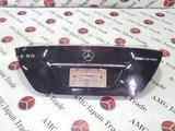 Крышка багажника на Mercedes-Benz w211 E за 41 577 тг. в Владивосток – фото 2
