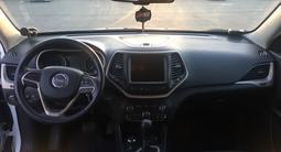 Jeep Cherokee 2014 года за 9 500 000 тг. в Алматы – фото 4