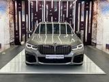 BMW M760 2019 года за 72 000 000 тг. в Алматы – фото 2