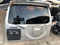 Крышка багажника на Митсубиси Паджеро 3 v65 за 70 000 тг. в Алматы
