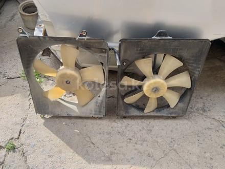 Вентилятор с дифузор Тойота Авалон, Камри и тд.2.5 и 3.0 за 10 000 тг. в Алматы – фото 2