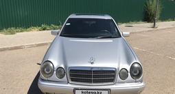 Mercedes-Benz E 200 1996 года за 1 700 000 тг. в Нур-Султан (Астана) – фото 2