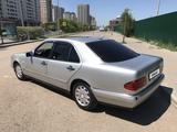 Mercedes-Benz E 200 1996 года за 1 700 000 тг. в Нур-Султан (Астана) – фото 4