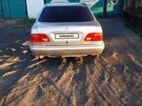 Mercedes-Benz E 220 1995 года за 1 300 000 тг. в Караганда – фото 3