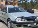 Toyota Avensis 1998 года за 2 500 000 тг. в Семей