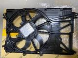 Диффузор радиатора Toyota Camry 70 за 247 000 тг. в Актобе – фото 2