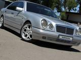 Mercedes-Benz E 280 1997 года за 2 590 000 тг. в Алматы – фото 3