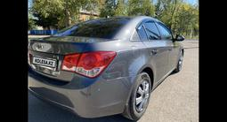 Chevrolet Cruze 2011 года за 2 600 000 тг. в Караганда – фото 4