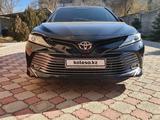 Toyota Camry 2019 года за 13 200 000 тг. в Талдыкорган – фото 3