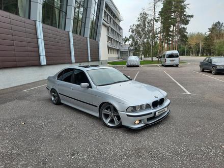BMW 525 2003 года за 4 200 000 тг. в Караганда
