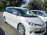 Toyota Estima 2010 года за 4 050 000 тг. в Семей – фото 2