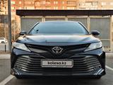 Toyota Camry 2019 года за 12 090 000 тг. в Семей