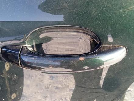 Ручка на дверь наружная Volkswagen Touareg за 8 000 тг. в Семей