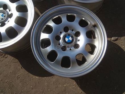 """Оригинальные легкосплавные диски """"46 стиль"""" на автомашину BMW 3 ( за 95 000 тг. в Нур-Султан (Астана) – фото 3"""