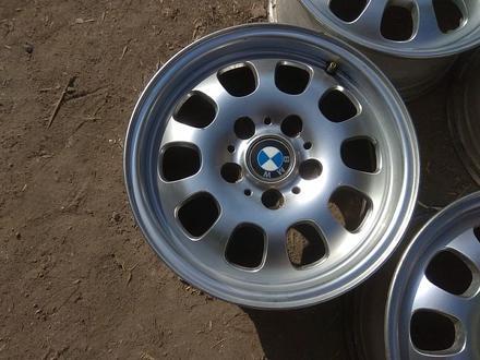 """Оригинальные легкосплавные диски """"46 стиль"""" на автомашину BMW 3 ( за 95 000 тг. в Нур-Султан (Астана) – фото 4"""