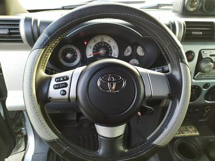 Toyota FJ Cruiser 2007 года за 9 300 000 тг. в Алматы – фото 15