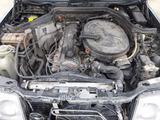Mercedes-Benz E 260 1992 года за 222 222 тг. в Атырау – фото 3