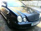 Mercedes-Benz CLK 230 2000 года за 2 300 000 тг. в Алматы – фото 2