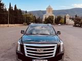 Cadillac Escalade 2018 года за 28 000 000 тг. в Тбилиси – фото 2