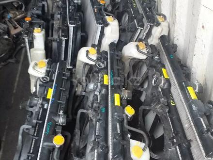 Радиатор на Subaru Legacy b4 за 222 тг. в Алматы