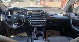 Hyundai Sonata 2019 года за 7 800 000 тг. в Шымкент – фото 5