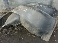 Подкрылок подкрыльник локер е39 за 5 000 тг. в Караганда