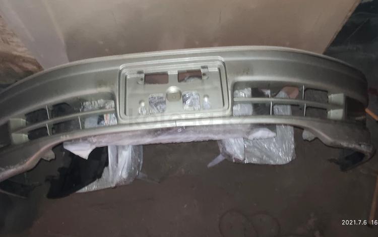 Передний бампер Mark 2 Qualis с ПТФ за 36 000 тг. в Алматы