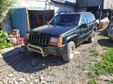 Jeep Grand Cherokee 1995 года за 1 500 000 тг. в Караганда
