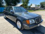 Mercedes-Benz E 230 1991 года за 1 850 000 тг. в Алматы – фото 4