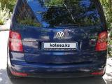 Volkswagen Touran 2007 года за 3 600 000 тг. в Караганда – фото 5
