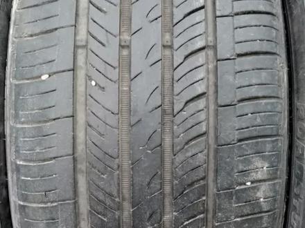 Комплект разноразмерных шин 245/40/18_265/35/18 roadstone за 60 000 тг. в Алматы – фото 2