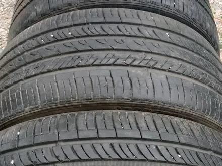 Комплект разноразмерных шин 245/40/18_265/35/18 roadstone за 60 000 тг. в Алматы – фото 3