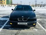 BMW 520 2000 года за 2 700 000 тг. в Семей – фото 2