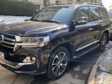 Toyota Land Cruiser 2020 года за 42 900 000 тг. в Алматы – фото 5