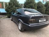 BMW 318 1993 года за 870 000 тг. в Алматы – фото 3