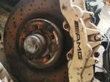 Тормозные диски супорта на 211 AMG 5.5 за 1 111 тг. в Алматы